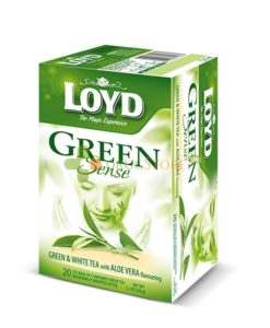 دمنوش چای سبز و سفید با آلوئه ورا لوید